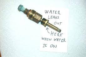 how to fix a leaking bathtub fix leaky bathtub faucet capable fix leaky bathtub faucet bathroom