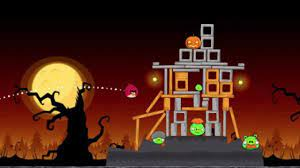 Angry Birds Goes All Halloweeny on the iPhone and the iPad
