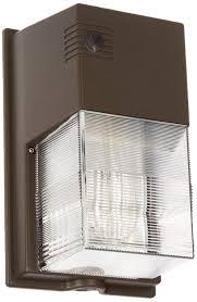 hubbell outdoor lighting nrg350b nrg 300b series 50 watt pulse start metal halide perimeter wall pack without photo control flood lighting com