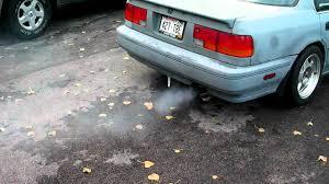 1990 Honda Accord F22a1 valve seals/piston rings bad - YouTube