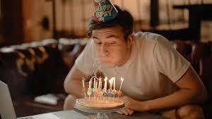 Contoh ucapan ulang tahun untuk merayakan hari istimewa kekasih, kakak, adik, anak, ibu atau ayah, bahkan untuk sahabat. 25 Ucapan Selamat Ulang Tahun Menyentuh Untuk Kakak 2021 Poskata