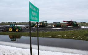 East Grand Forks Light And Water Area Farmers Sugar Beets Will Be Harvested Grand Forks Herald