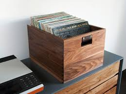 symbol audio wooden record crate dovetail large3