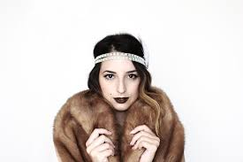 to kickstart the week i wanted to post a quick easy costume idea i diy d this look and it was so super simple ever since reading the great gatsby