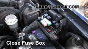 replace a fuse 1997 2004 mitsubishi montero sport 1997 6 replace cover secure the cover and test component