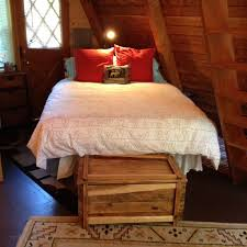 Q Bed.JPG