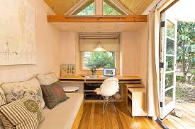 Designing a tiny house Interior Design Vinastinyhouse4 Miradiostationcom Vinas Tiny House Tiny House Swoon