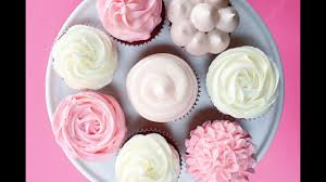How To Decorate Cupcakes Youtube