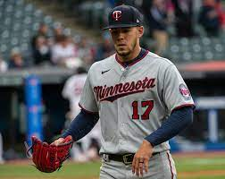 Jose Berrios forced to leave game after ...