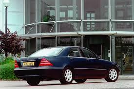 Mercedes-Benz S-Class Saloon Review (1999 - 2005)   Parkers