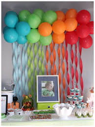 cute idea for a birthday backdrop... streamers and balloons pic only