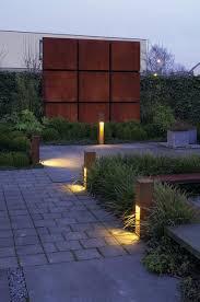 Exterior Bollard Application - Exterior bollard lighting