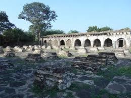 சாட் கபார் 60 மனைவியர்களின் கல்லறைகள்