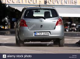 Toyota Yaris 1.3 WT-i, model year 2005-, silver, driving, diagonal ...