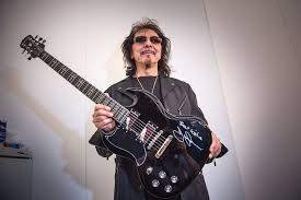 Iommi Designs Listen Tony Iommi Plays Solo On New Candlemass Song Astorolus