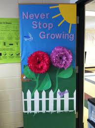 Pleasant Kindergarten Door Decoration Ideas for Spring Door