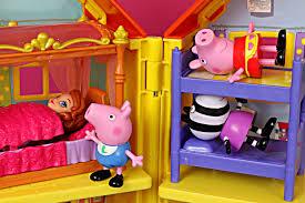 Princess Sofia Bedroom Peppa Pig And Sofia The First Sleepover Slumber Party Zoe Zebra