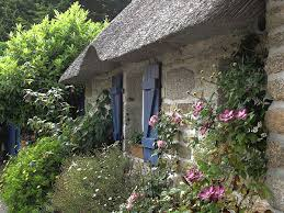 create a picturesque landscape with cottage gardens
