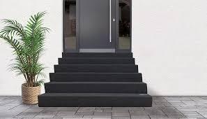 Moderner hauseingang freitragende eingangstreppe aus granit. Hauseingangstreppen Individuell Gefertigt Fur Den Aussenbereich