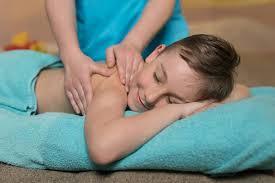 Детский лечебный медицинский массаж - особенности процедуры, показания