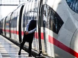 Wichtig sei, dass die bahnkunden mit verlässlichen informationen versorgt würden. Deutsche Bahn Streiks Drohen Streit Mit Gewerkschaft Verscharft Sich Focus Online