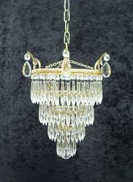 chandeliers art glass chandelier medium size of chandeliers glass chandelier antique chandeliers wall chandelier glass