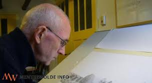 Kunstenaar Mark Witteveen uit Noordbroek maakt het nieuwe oorlogsmonument voor Wildervank. Het verzetsmonument aan de Postkade in Wildervank werd van 20 op ... - 36_300_8446_1390994411