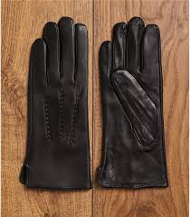 womens leather glove in black