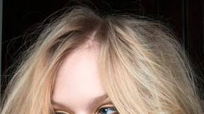 how to wash your hair the right way in 6 simple steps
