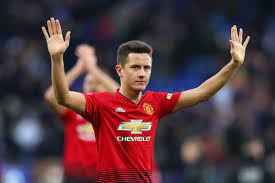 "Manchester United are losing one of their last ""good pros"" in Ander Herrera  - The Busby Babe"