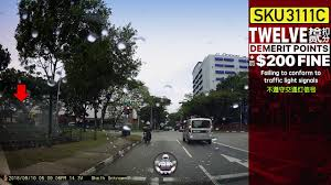 Beating Red Light Demerit Points 10sep2018 Subaru Forrest Sku3111c Beating Red Light Doing