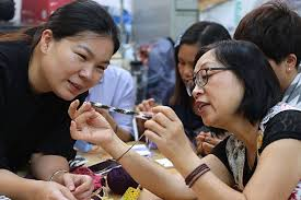 Workshop to help Hong Kong women save money by producing usable things