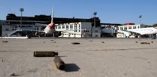 ليبيا - قصف صاروخي على مطار معيتيقة الدولي