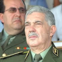 Le général-major Ahmed Boustila, commandant de la Gendarmerie nationale, a inauguré, hier, à Constantine, le nouveau siège du groupement des unités ... - actualite2%5B29403%5D