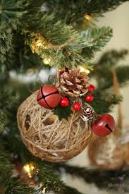 Decorating Christmas Ornaments Balls Rustic Christmas Ornaments Tutorial Easy Glittered Twine Ball 77