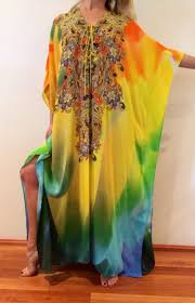 Love The Style Of The Yellow Kaftan