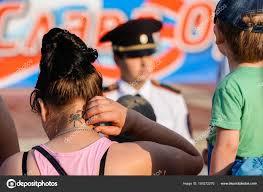 орел россия 05 августа 2017 день города женщина с тату скорпион