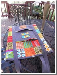 Cutting Mat and Rulers Quilting Tote. Free pattern. | It's in the ... & Cutting Mat and Rulers Quilting Tote. Free pattern. Adamdwight.com