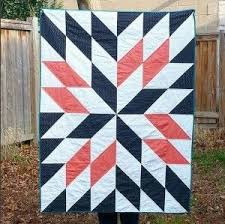 What is the difference between a quilt and a blanket? - Quora & A Blanket is a kind of bedding. It's, generally speaking, a large piece of  woven cloth, intended to keep the user warm, traditionally while sleeping  or ... Adamdwight.com