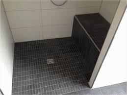 Bad Fliesen Dusche Fliesen Und Badezimmer Planung Im Neubau Badezimmer