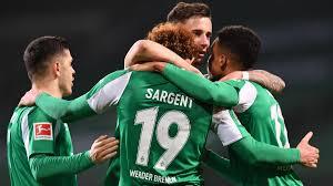 Werder - Frankfurt: Bremen dreht Spiel und entzaubert das Topteam - WELT