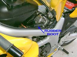 how to disable the ignition retard mechanism on the sv slide the rubber boot forwards to gain access to the connector the 4 wires entering the connector from the rear are from the gearbox