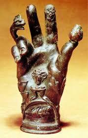 MYTHOLOGIE GRECO/ROMAINE - Page 2 Images?q=tbn:ANd9GcQ90xn1fxwDJKa2qb3izBpdMG0tUPQzJvZYxLzgHiyjnb-N_DmA