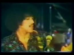 <b>Thin Lizzy</b> - <b>Fighting</b> My Way Back (1975) Live HQ True Audio ...
