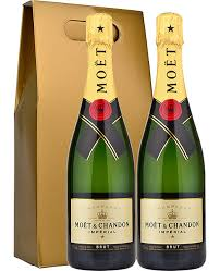 moet chandon brut nv 2 x 75cl chagne in twin gold gift box