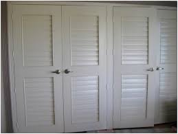 Louvered Closet Doors Handle : Unique and Modern Designed Louvered ...