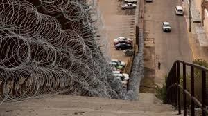 arizona town wants federal government to remove razor wire from border wall