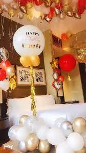 balloon decoration in hotel room 0