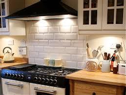 Tiling A Kitchen Splashback How To Tile Bathrooms Or Kitchens Using Metro Or Subway Tiles