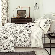 Truffle Bedding | Sanderson Pillemont Toile at Bedeck 1951 & Pillemont Toile Bed Linen ... Adamdwight.com